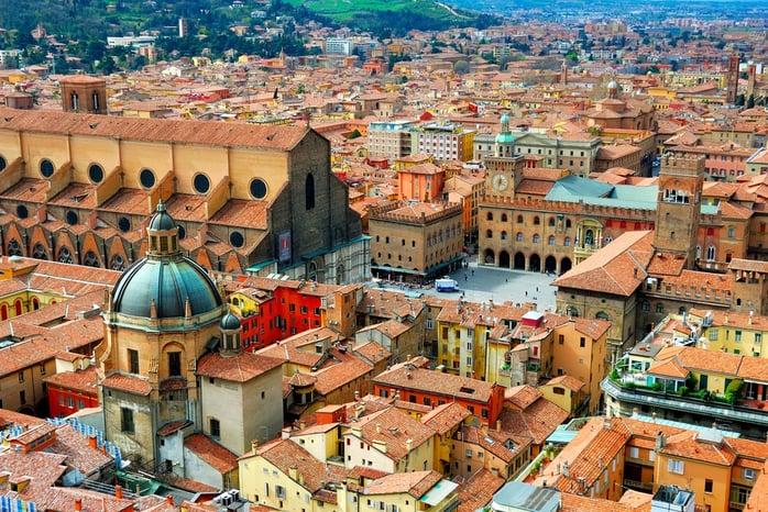 IИтали улс Юнескод бүртгүүлсэн соёлын өвөөрөө дэлхийд нэгдүгээрт ордог. Тус улс нь жилдээ 46 сая гаруй жуулчдыг хү.jpg
