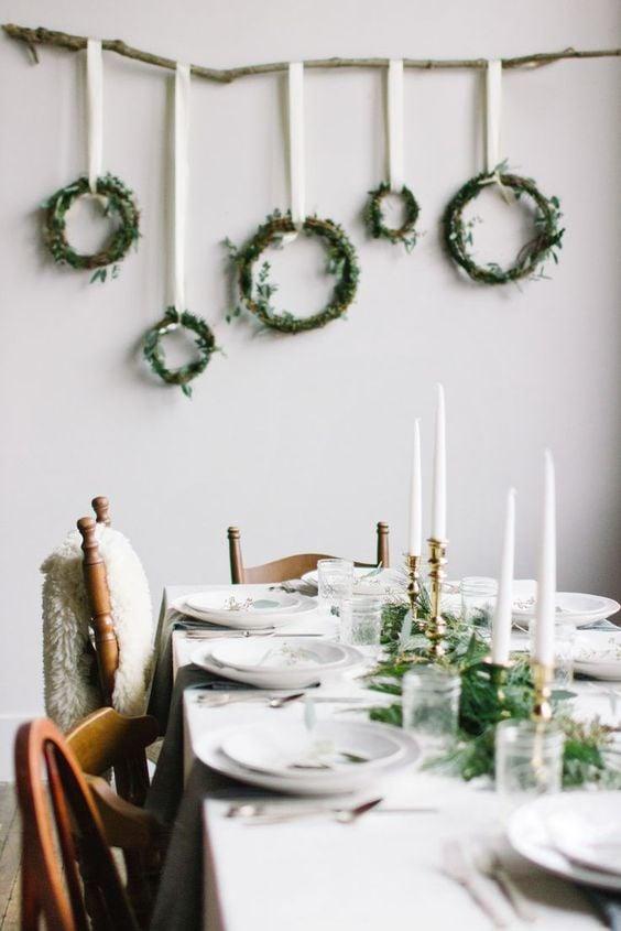 Энгийн баярын ширээ