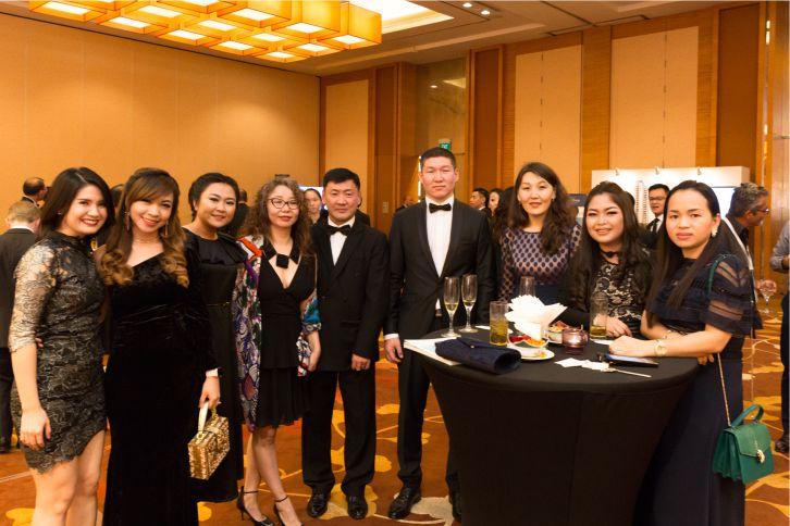 Asian Property Awards шагнал гардуулах ёслолын үеэр NCD Group Номин Констракшн