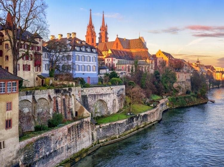 10. Базел, Швейцар улс