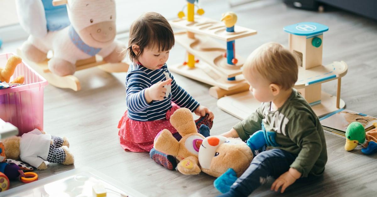 Тоглож наадах нь хүүхдийн ирээдүйд хэрхэн нөлөөлдөг вэ?